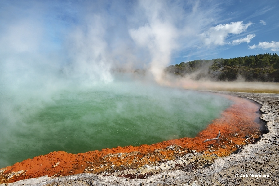 Champagne_Pool_New_Zealand