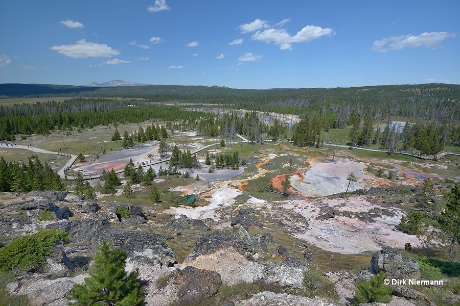 Artists' Paintpots Yellowstone