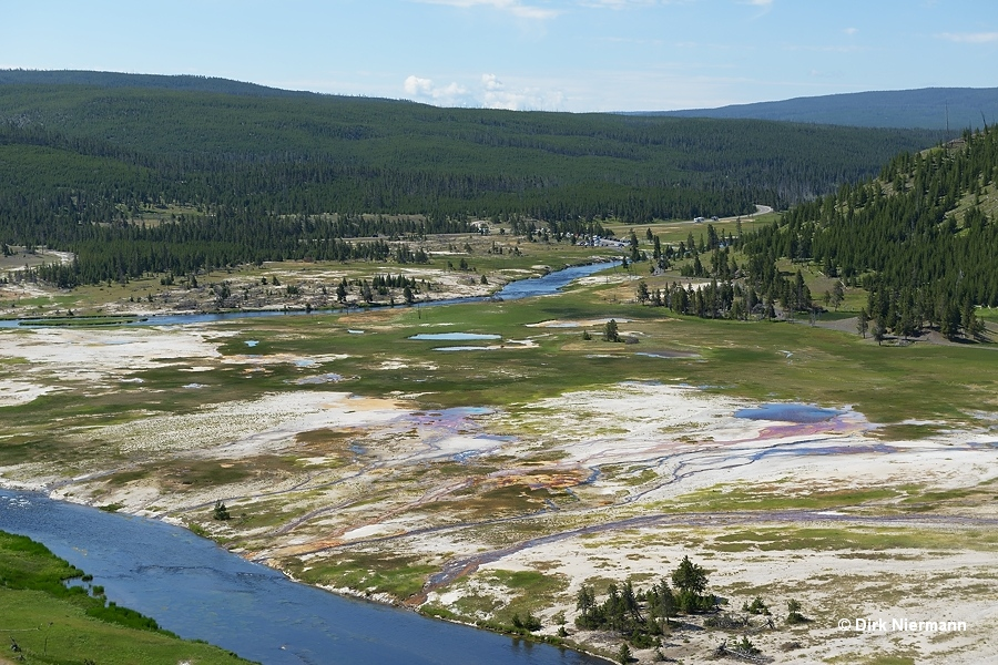 Flood Group west of Firehole River Yellowstone