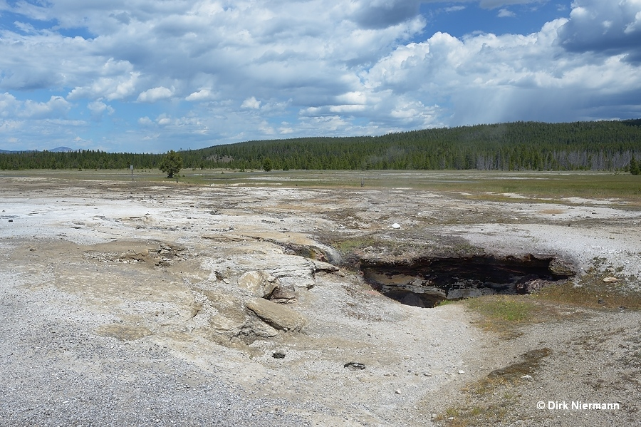 Crack Geyser and Cave Spring Yellowstone